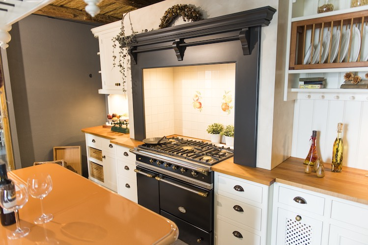 Englische kuchenmobel for Franzosische landhauskuche